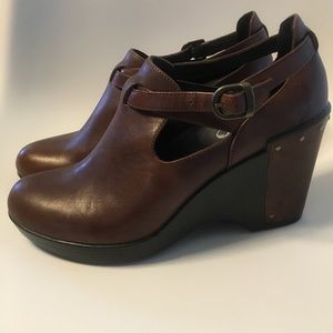 Shoes - Dansko Wedges barely worn